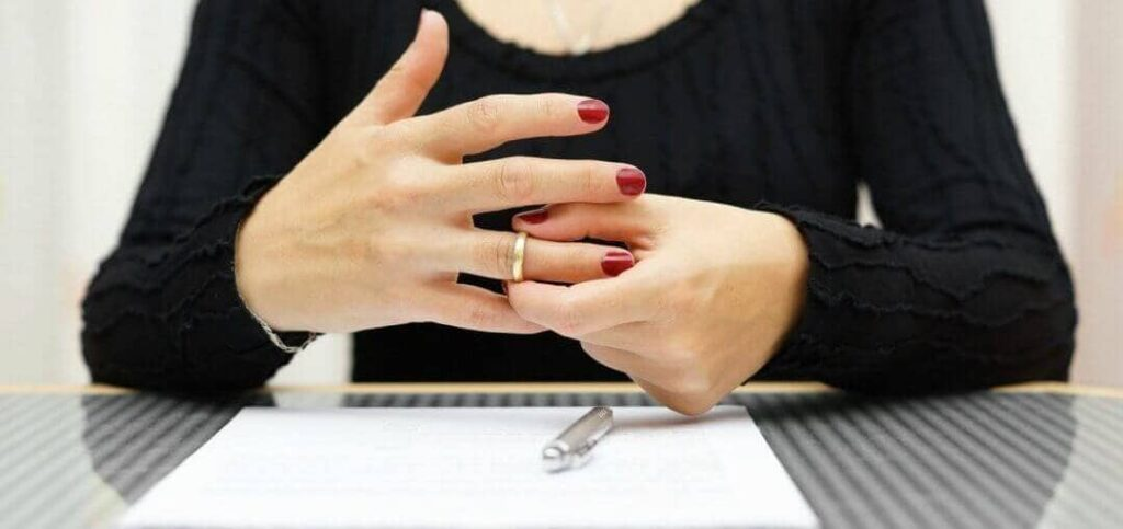 развестись с мужем