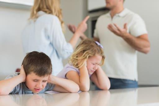 розлучення батьків може вплинути на дітей